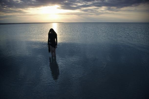 sad-woman-in-water